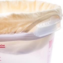 Filter bag with reinforced bottom
